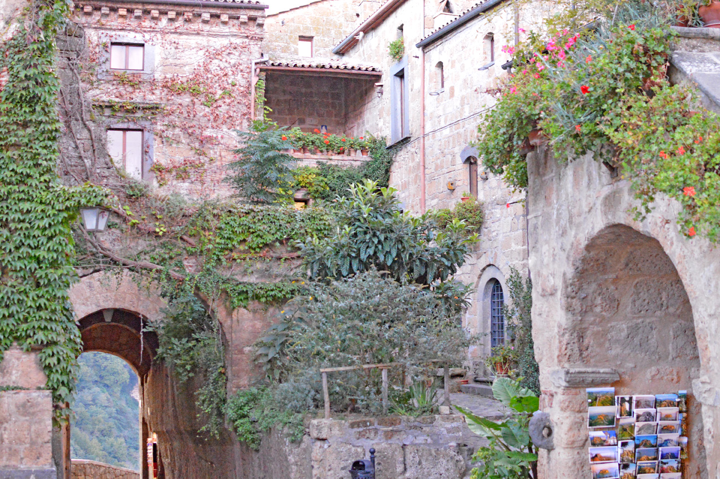 "126 #WhereToGo: Civita di Bagnoregio (""The dying city"")"