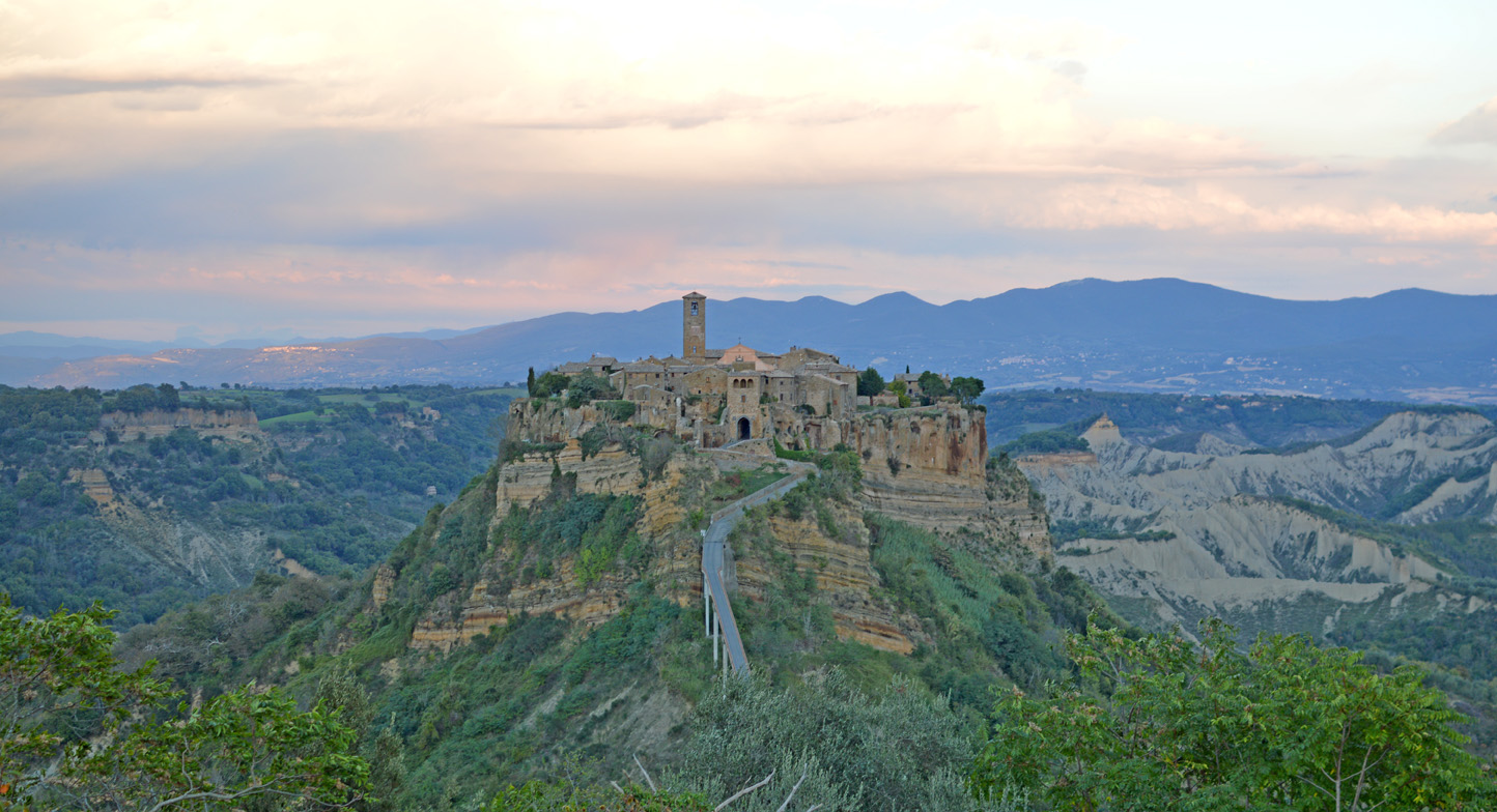 "181 #WhereToGo: Civita di Bagnoregio (""The dying city"")"