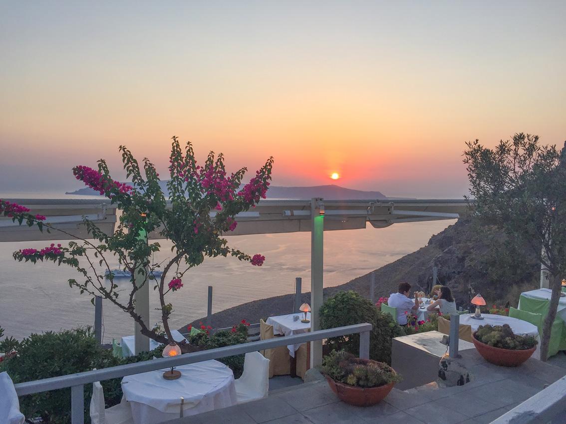 211 Santorini. Travel tips #2