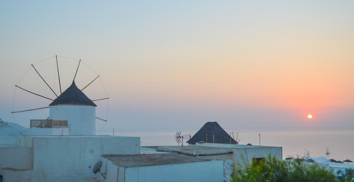 71 Santorini. Travel tips #1