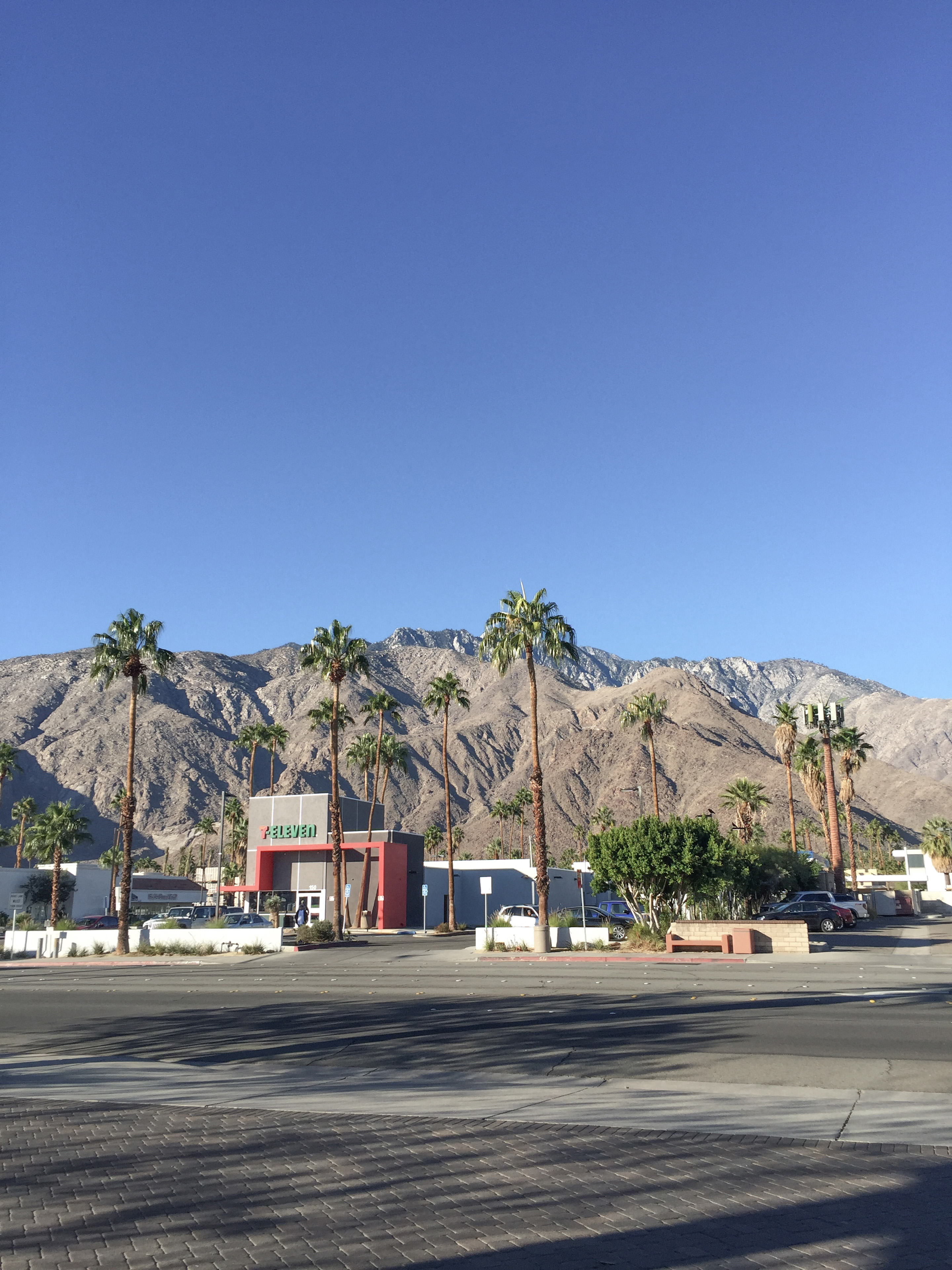 1 #CaliforniaDreamBig: Palm Springs travel tips.
