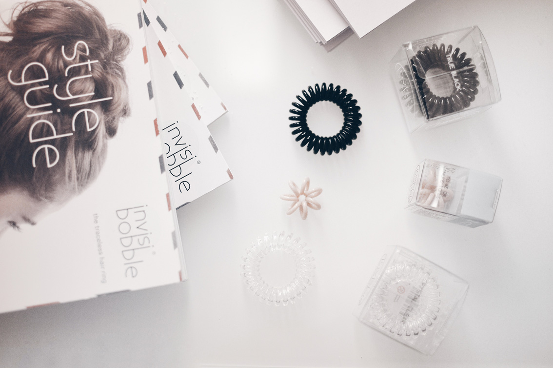 4-2 Make your hair done with Invisibobble in 5 minutes.
