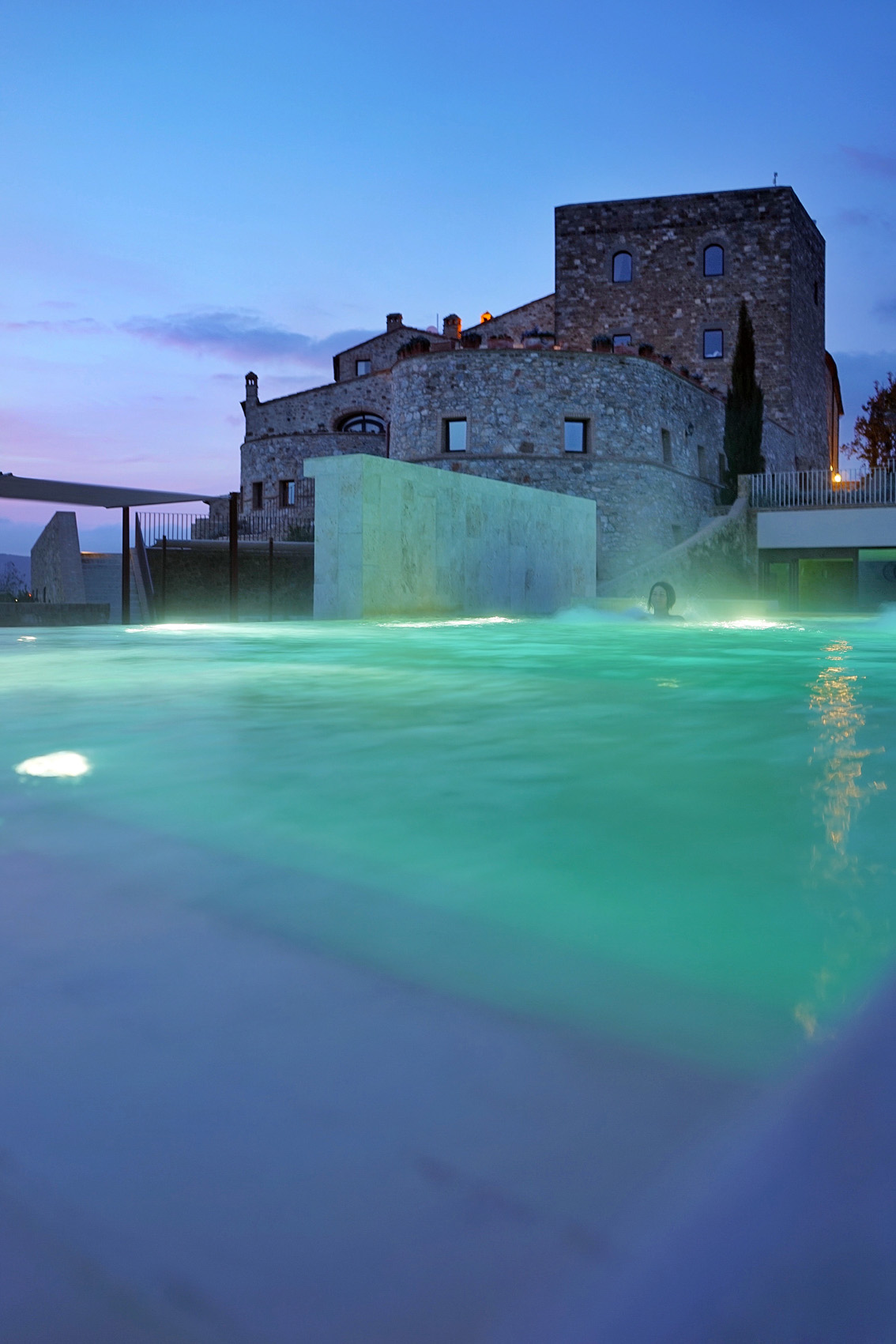10-2 Dreamy weekend in a Tuscany ancient castle: Castello di Velona.