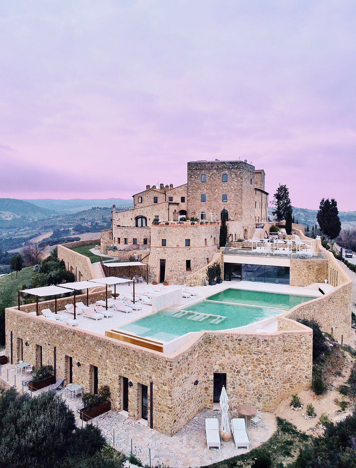 23-1 Dreamy weekend in a Tuscany ancient castle: Castello di Velona.
