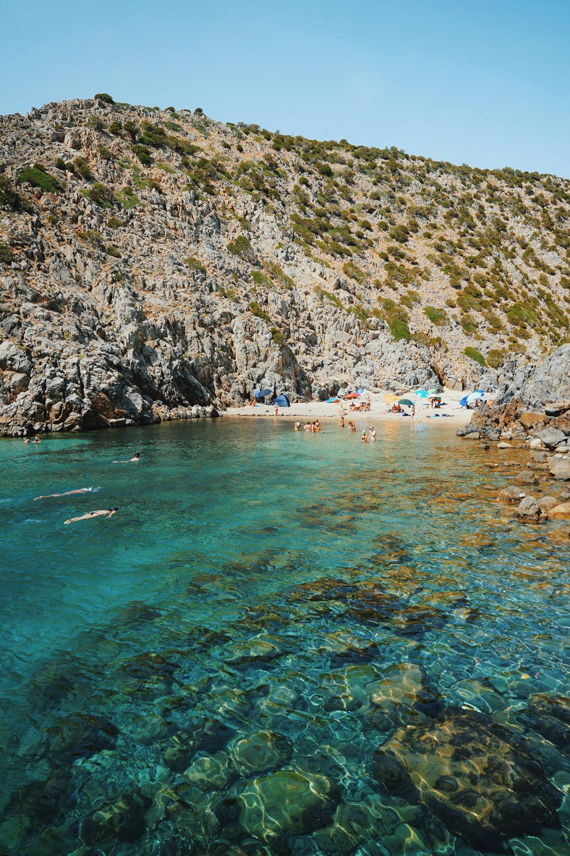 20 2 days in Cagliari ( Sardinia ), where to sleep to discover the best beaches.