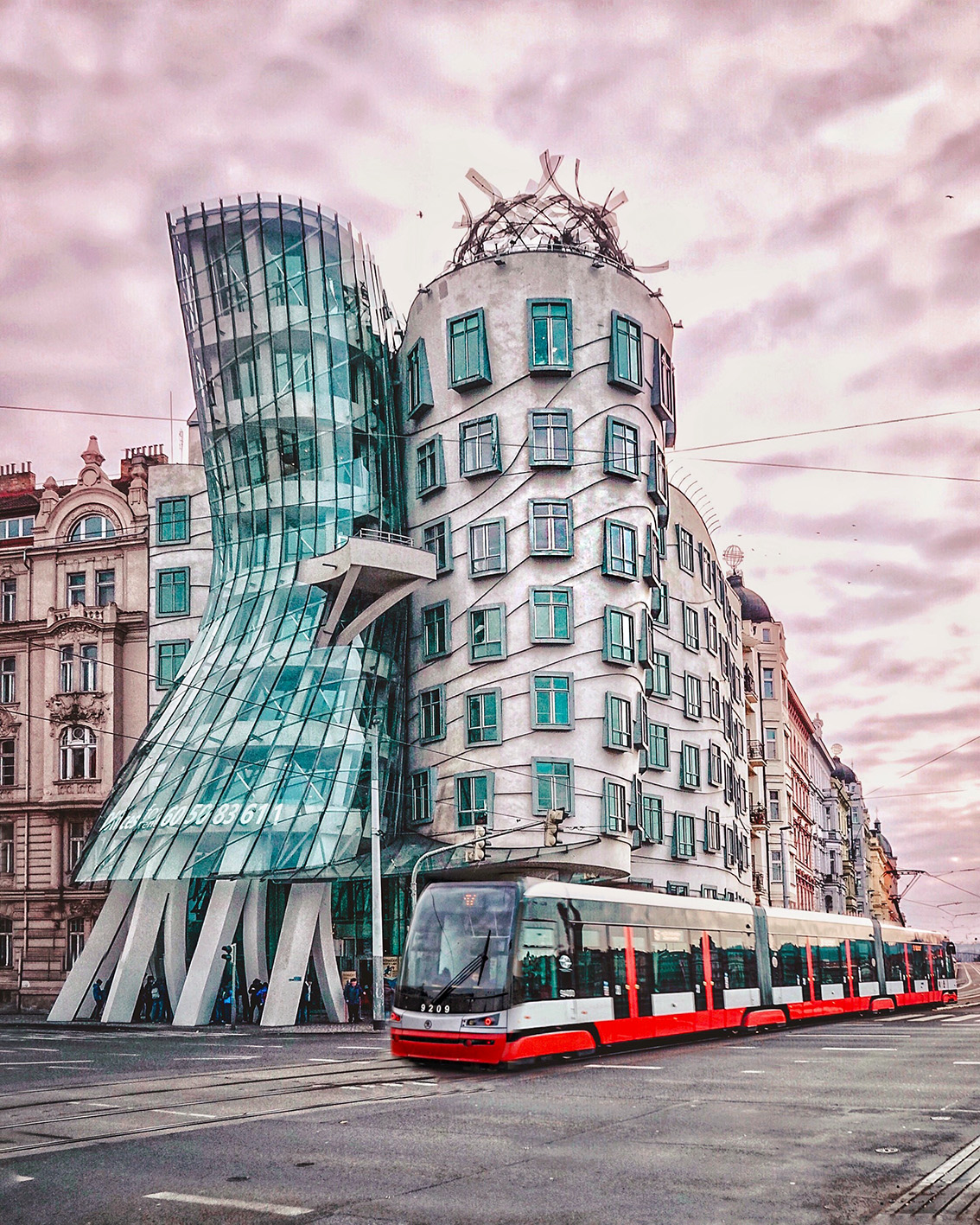 29 Weekend a Praga: 7 cose da vedere, dove dormire, gli indirizzi food e i Mercatini di Natale più belli.