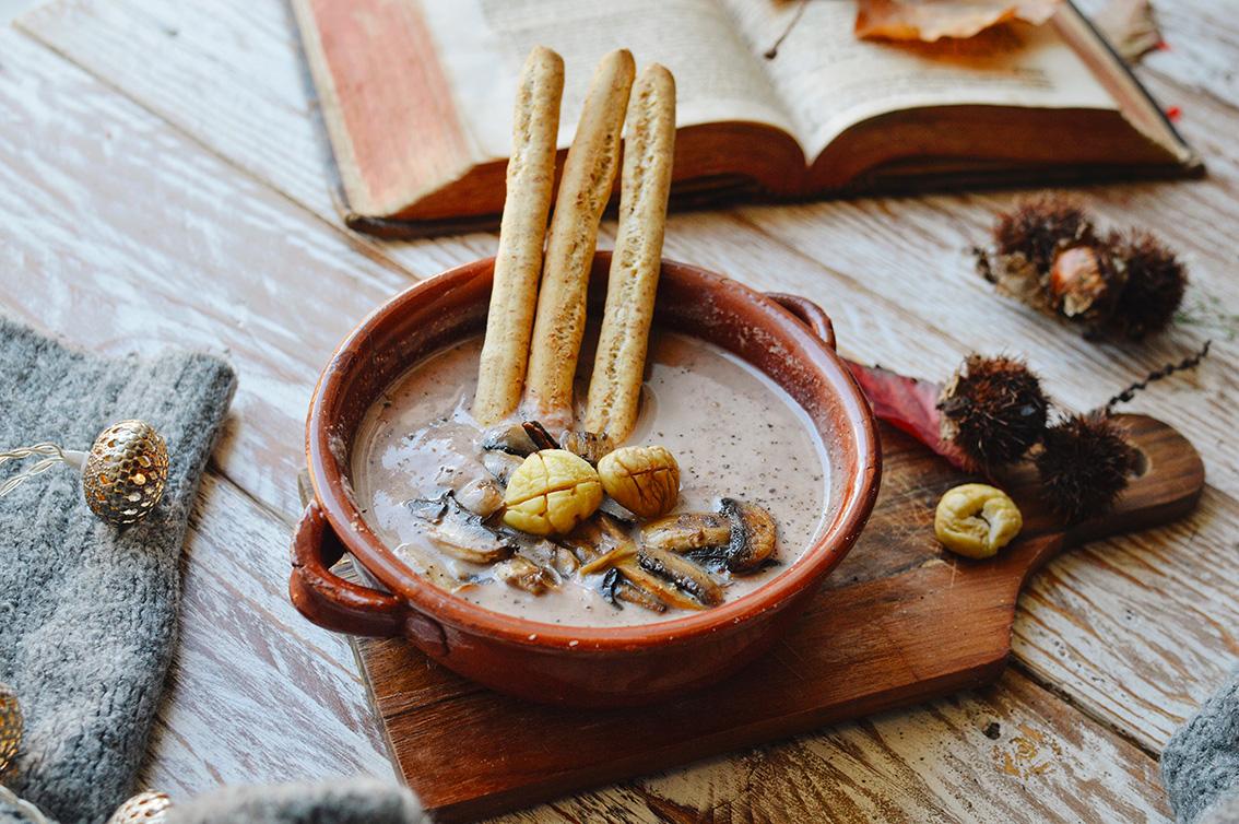 4-1 The perfect seasonal recipe: chestnut and mushroom soup with Pangrì Mulino Bianco.