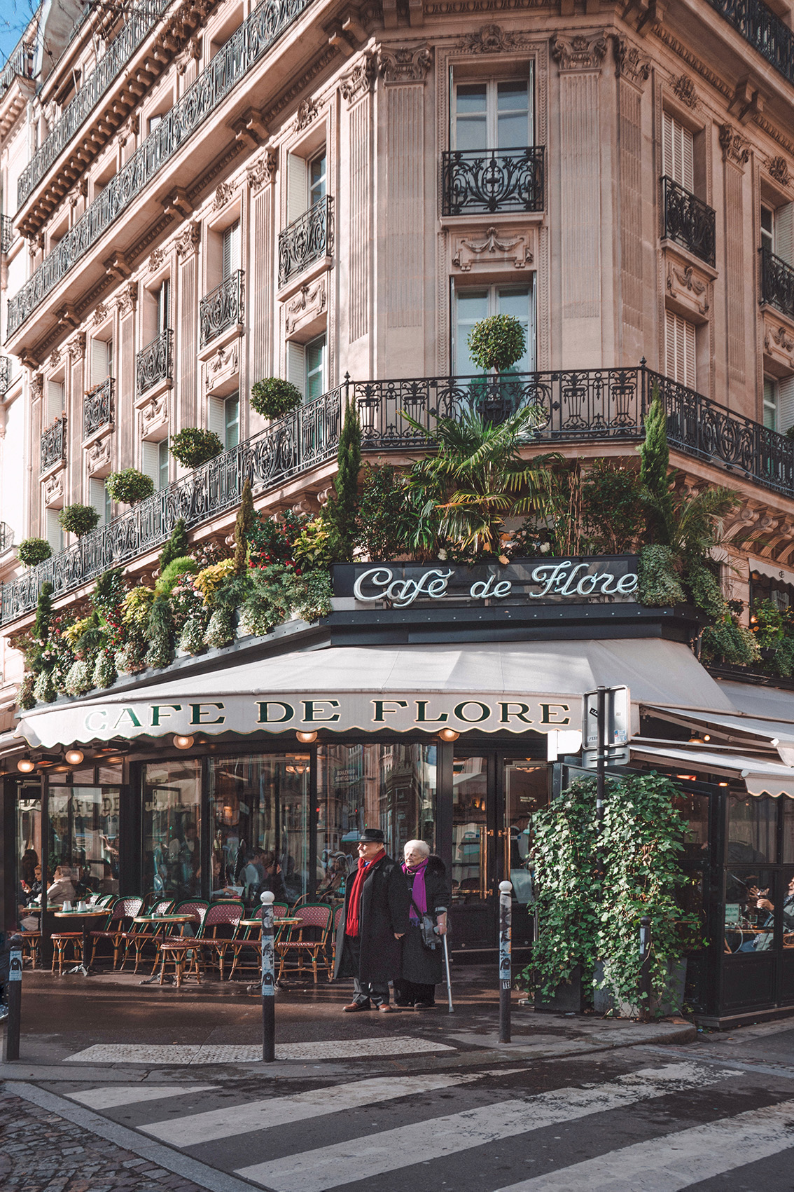 38 Paris with the eyes of the first time: the unmissable addresses for my 3-day guide to the city.