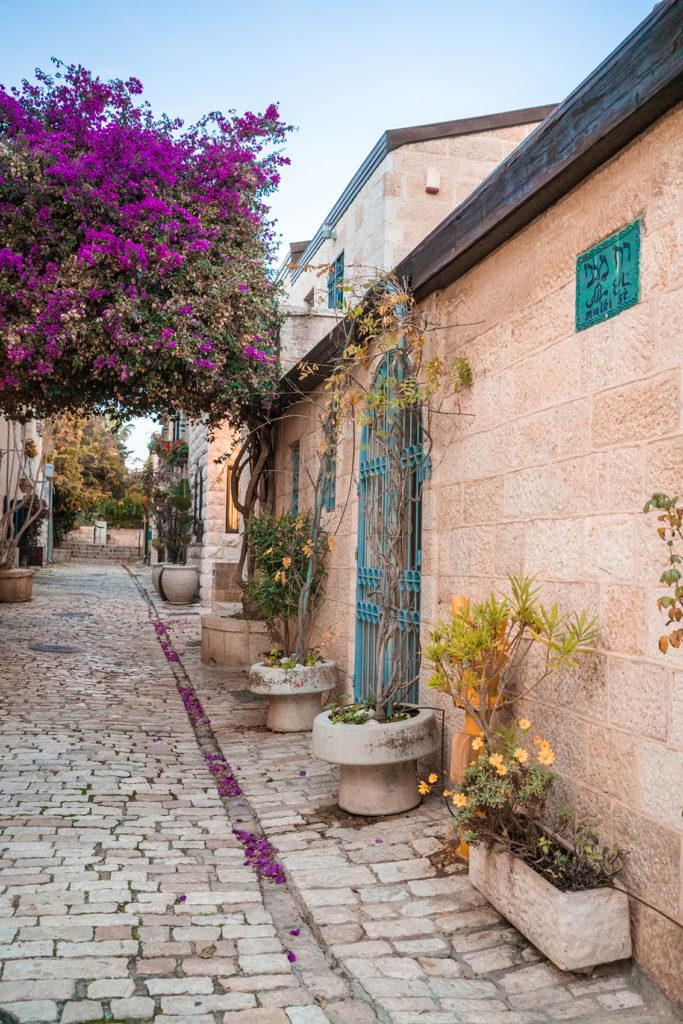 18-683x1024 Gerusalemme: alla scoperta della Città Santa in un weekend lungo.