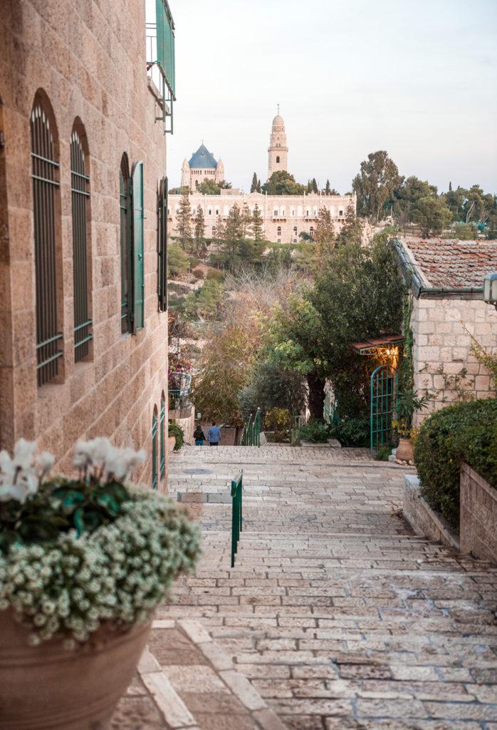 19-698x1024 Gerusalemme: alla scoperta della Città Santa in un weekend lungo.