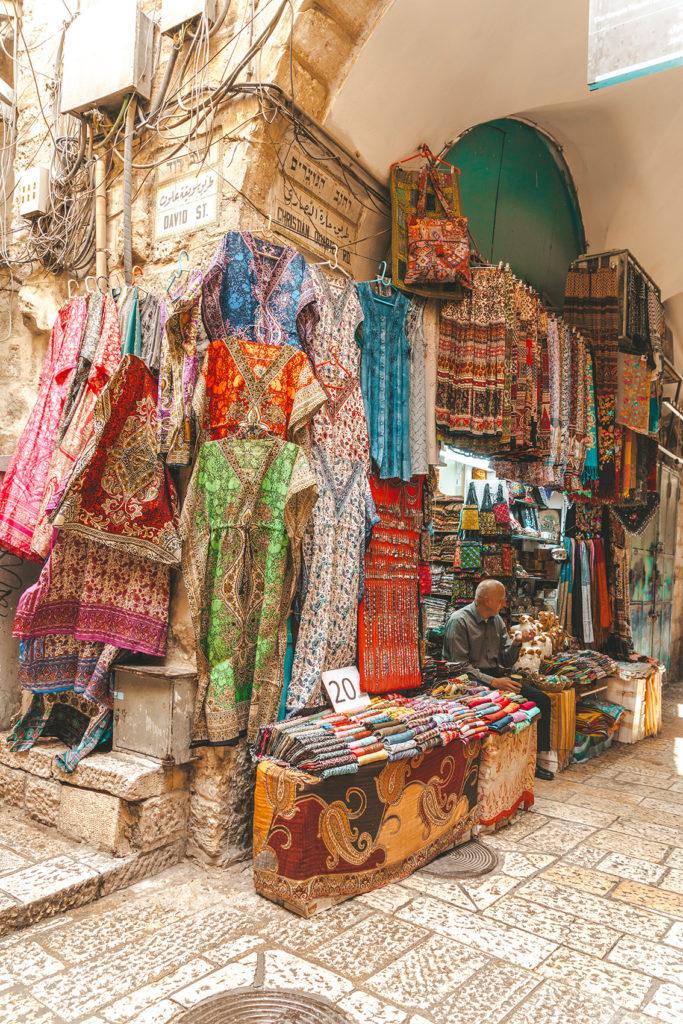 70-683x1024 Gerusalemme: alla scoperta della Città Santa in un weekend lungo.