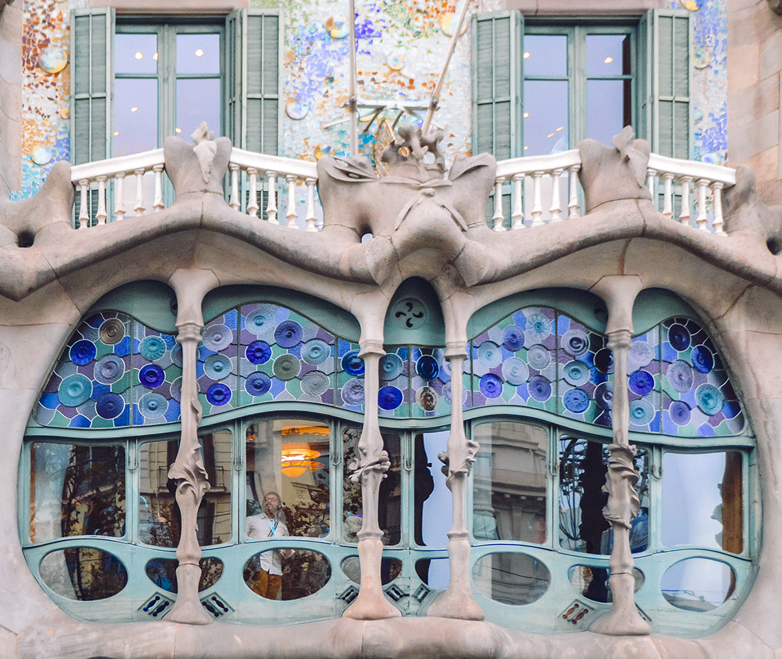 Casa Batlló All You Need To Know About Antoni Gaudì S Masterpiece The Spiral D By Diana De Lorenzi