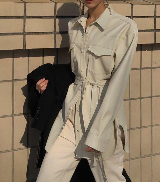 giacca-pelle-outfit Trend primavera/estate 2020: 10 idee regalo per la Festa della Donna su PAYBACK.