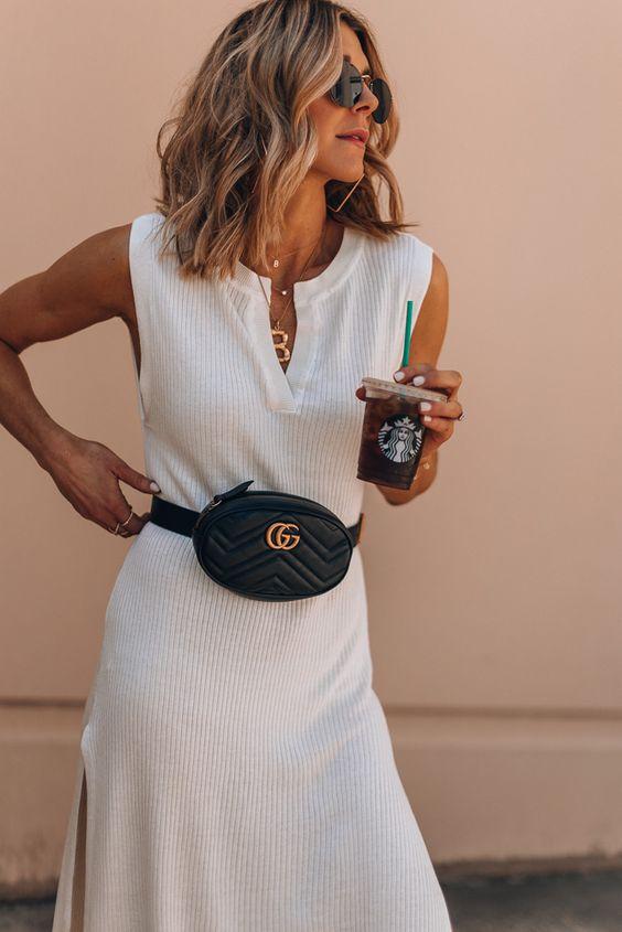 outfit-marsupio1 Trend primavera/estate 2020: 10 idee regalo per la Festa della Donna su PAYBACK.