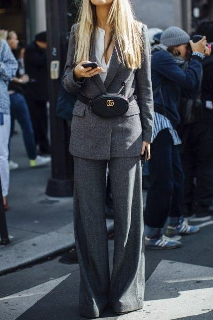 outfit-marsupio3 Trend primavera/estate 2020: 10 idee regalo per la Festa della Donna su PAYBACK.