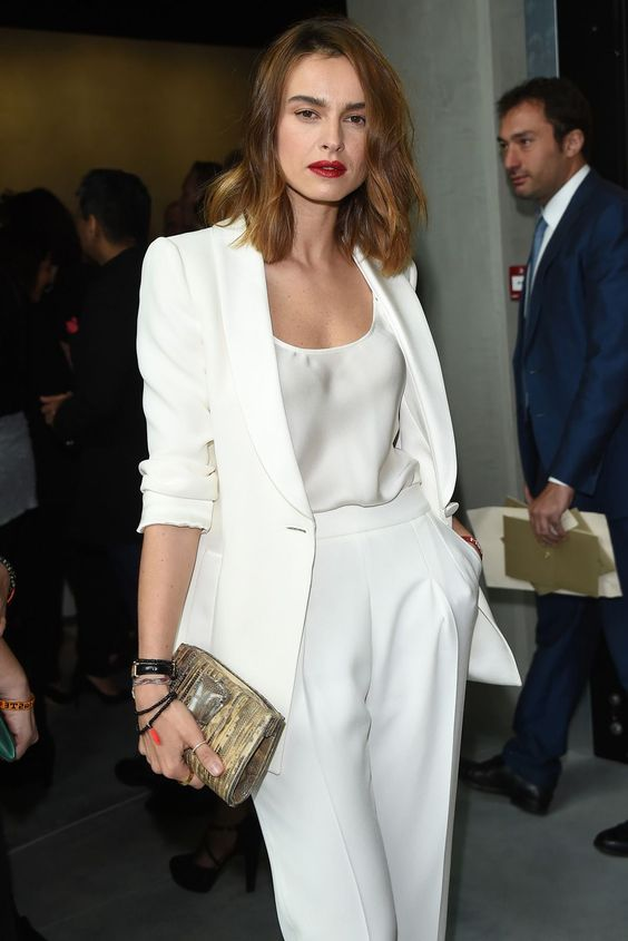 total-white-outfit-1 Trend primavera/estate 2020: 10 idee regalo per la Festa della Donna su PAYBACK.