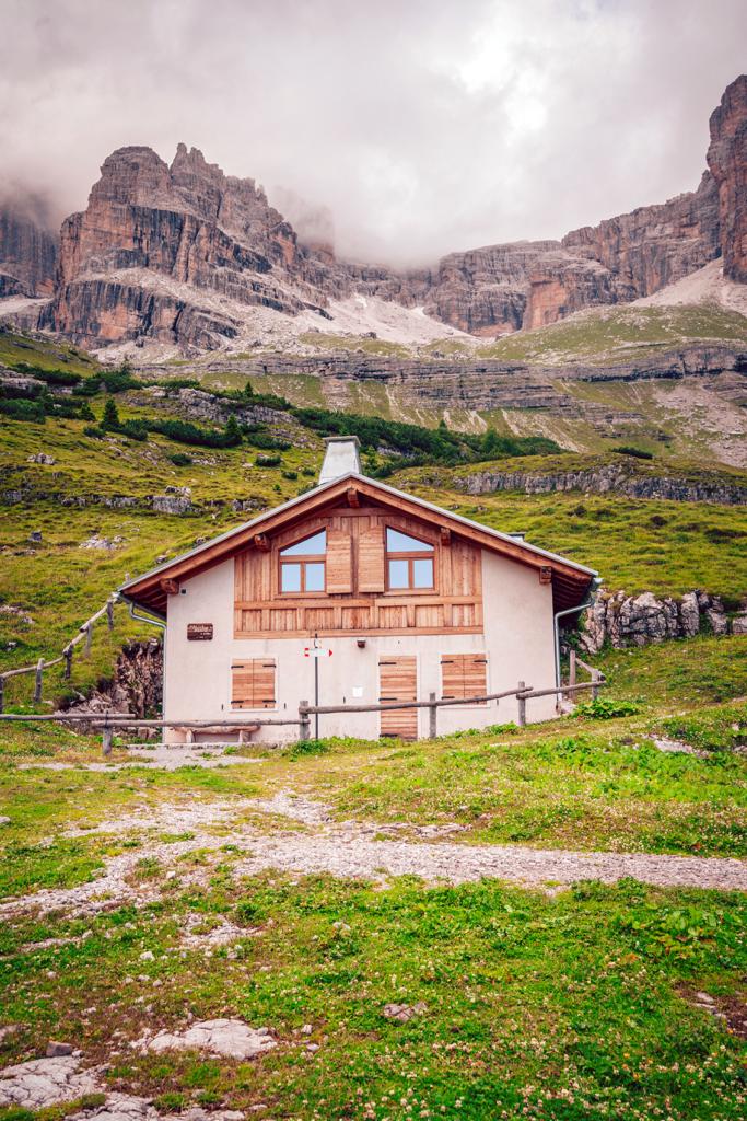 45tt-1-683x1024 Estate in Trentino: cosa vedere nella bellissima Comano.