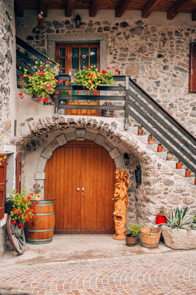 60tt-683x1024 Estate in Trentino: cosa vedere nella bellissima Comano.