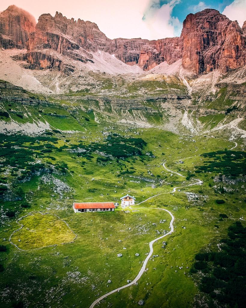 81tt-819x1024 Estate in Trentino: cosa vedere nella bellissima Comano.