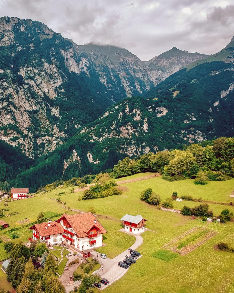 83tt-819x1024 Estate in Trentino: cosa vedere nella bellissima Comano.