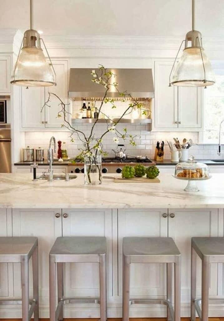 stile-americano-casa5-717x1024 10 stili di tendenza per la casa 2021: come ispirarsi con MTV Cribs Italia