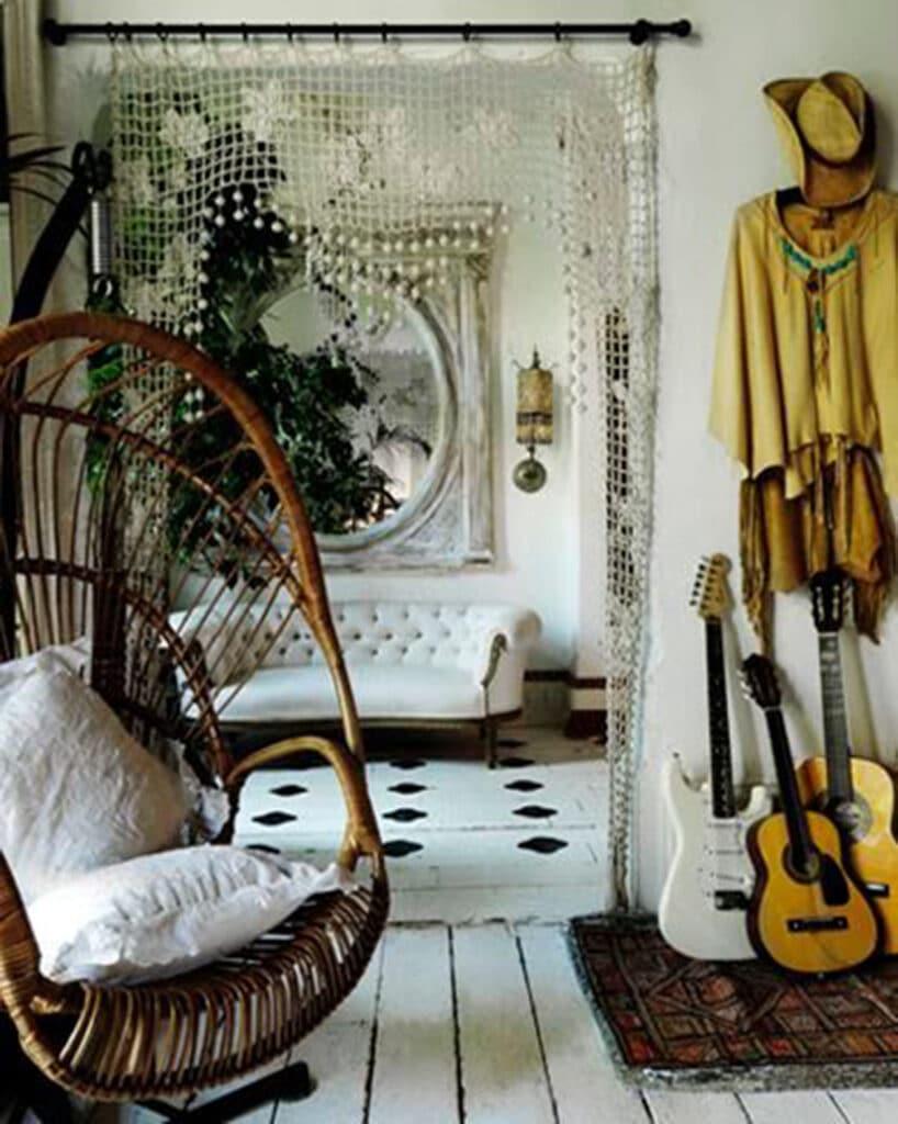 stile-bohemien-casa-818x1024 10 stili di tendenza per la casa 2021: come ispirarsi con MTV Cribs Italia