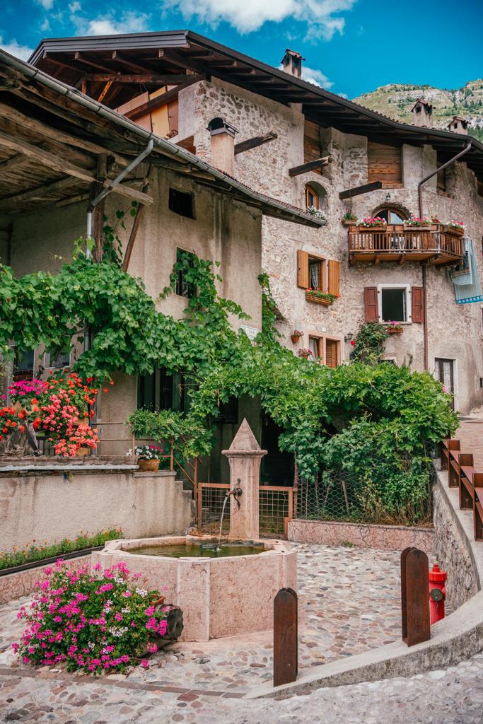 tt41-683x1024 Vacanze in Trentino: le attività imperdibili da provare per nutrire i sensi e l'anima in Paganella.
